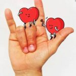 Parentalité & surdité : Comment se «dire» les mots doux en langue des signes ?