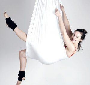 yoga aérien fly yoga
